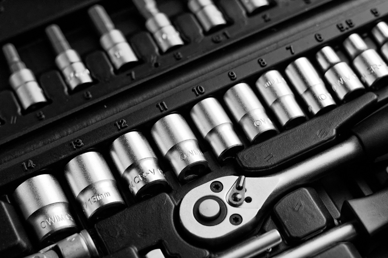 toolbox-tools-wrenches-12598bnw
